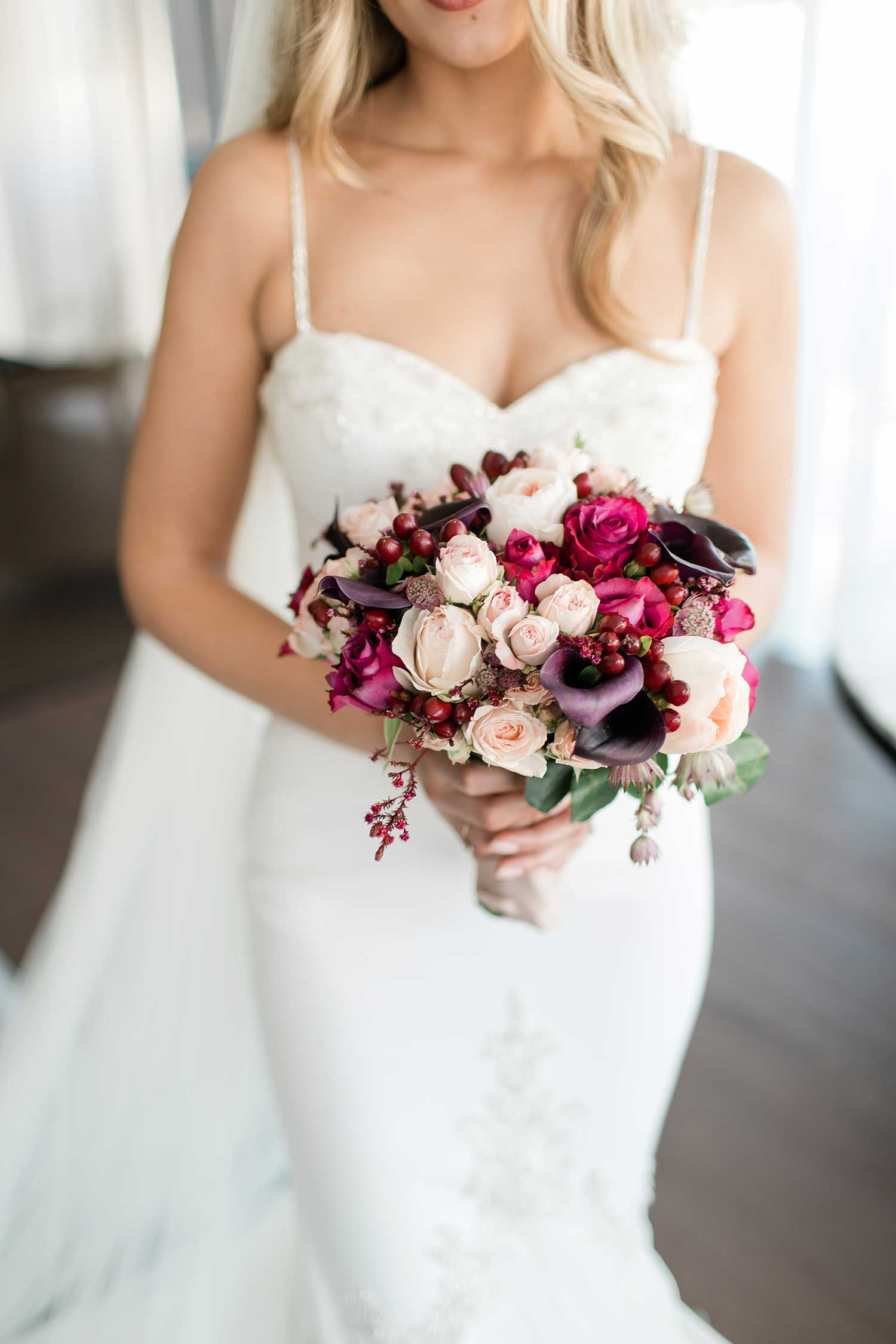 Beautiful wedding flower bouquet