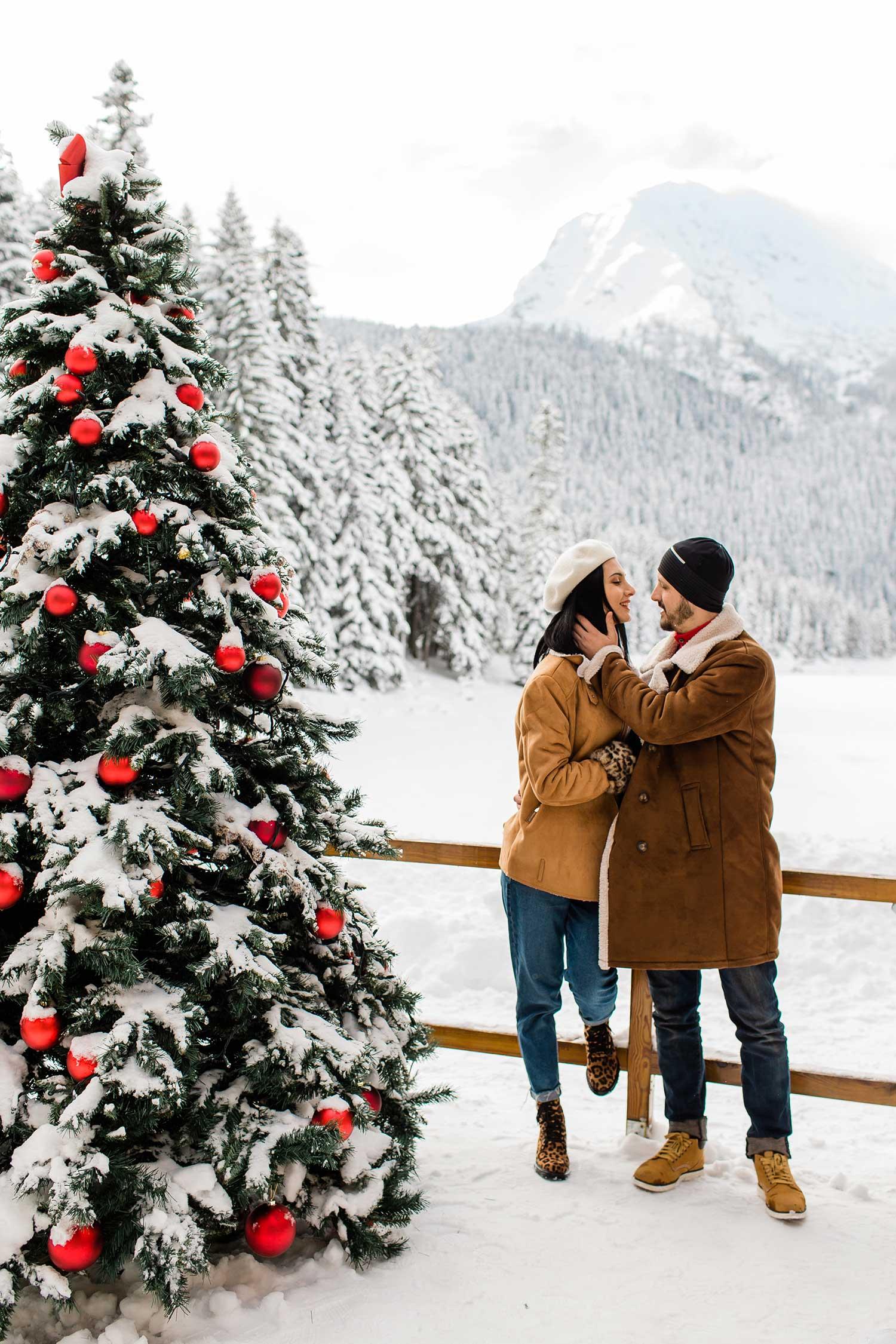 Couple posing in Montenegro