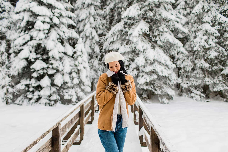 Snowy winter photoshoot