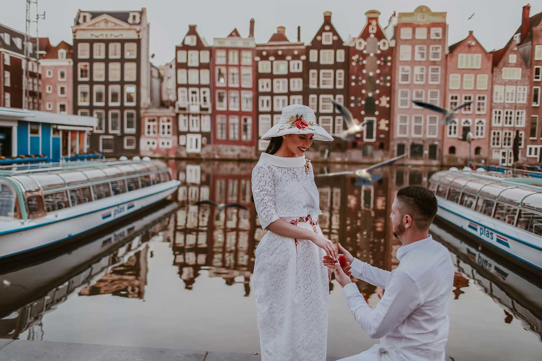 Sweet proposal in Amsterdam