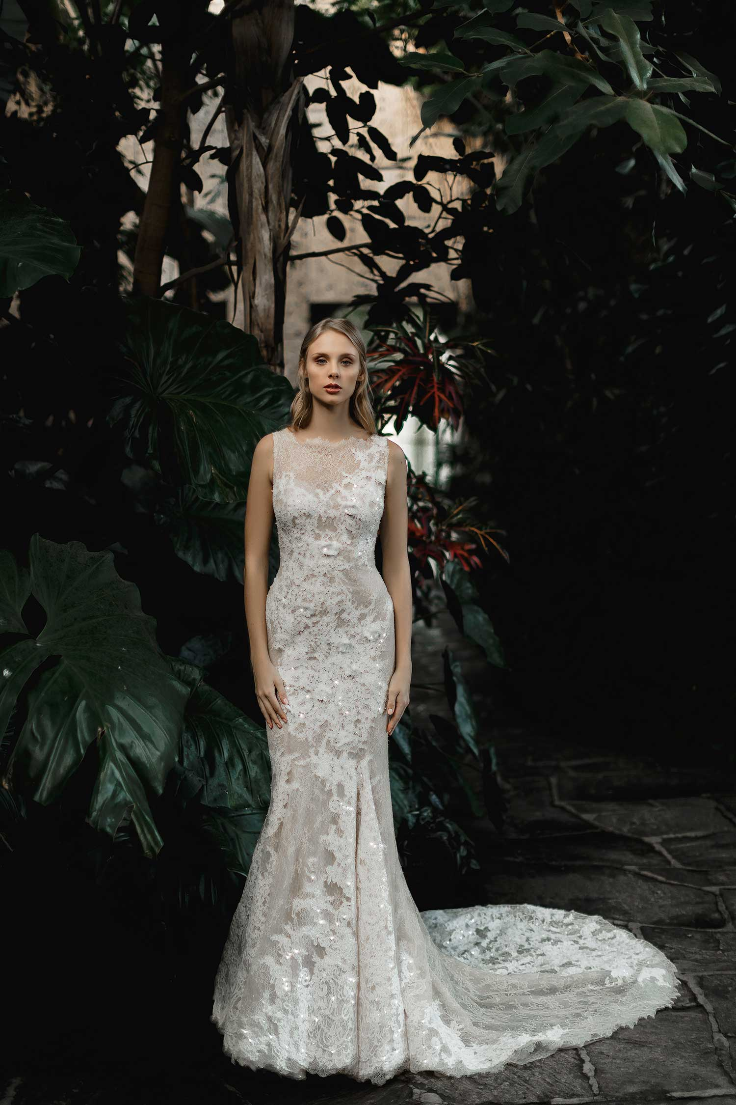 Artistic bridal photos