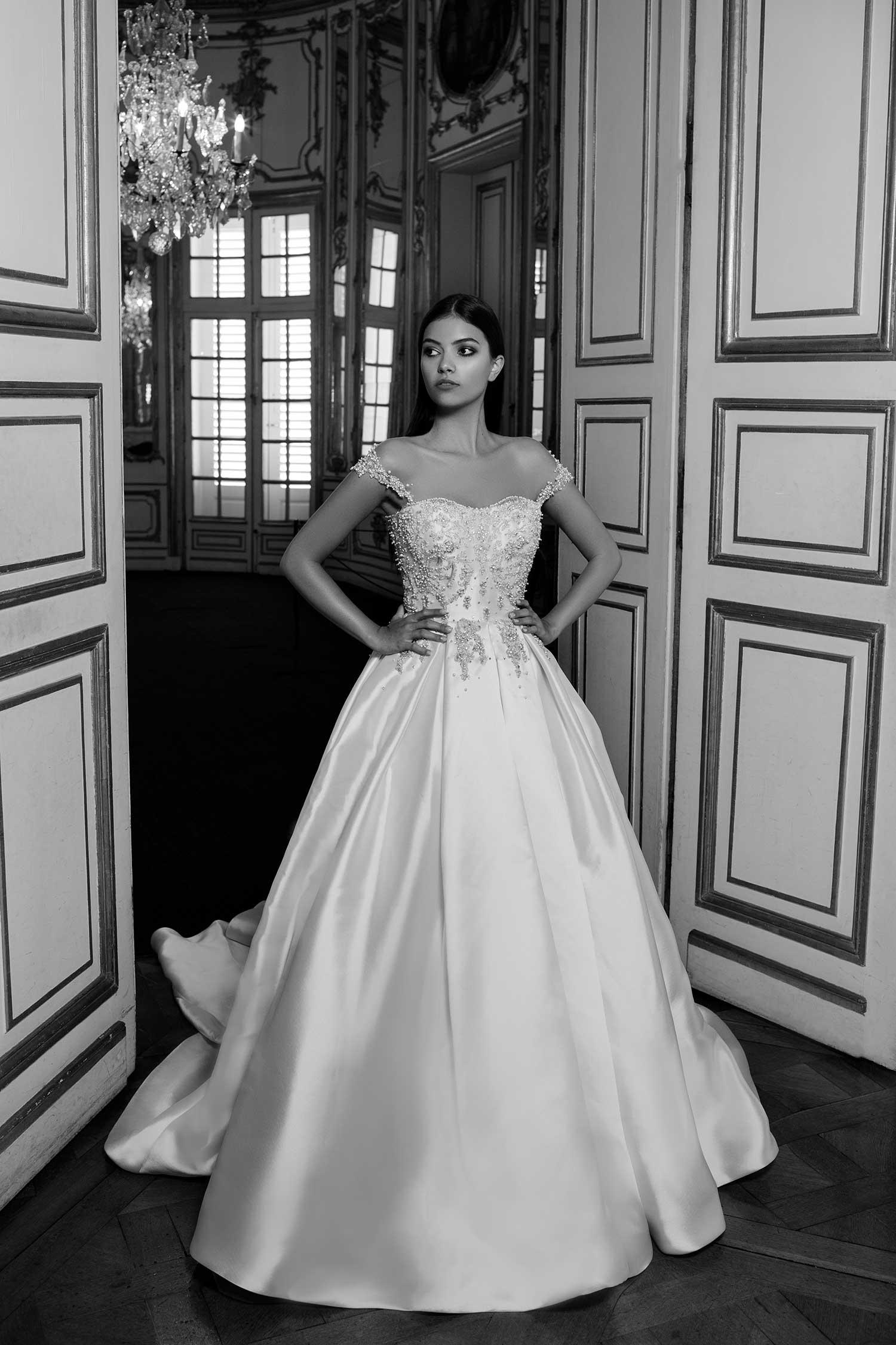 Black&white bridal editorial