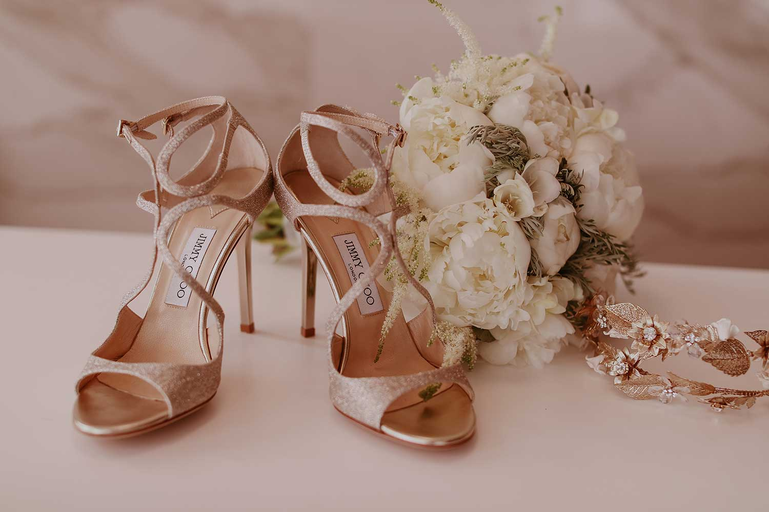 Bridal shoes, bouquet and headband