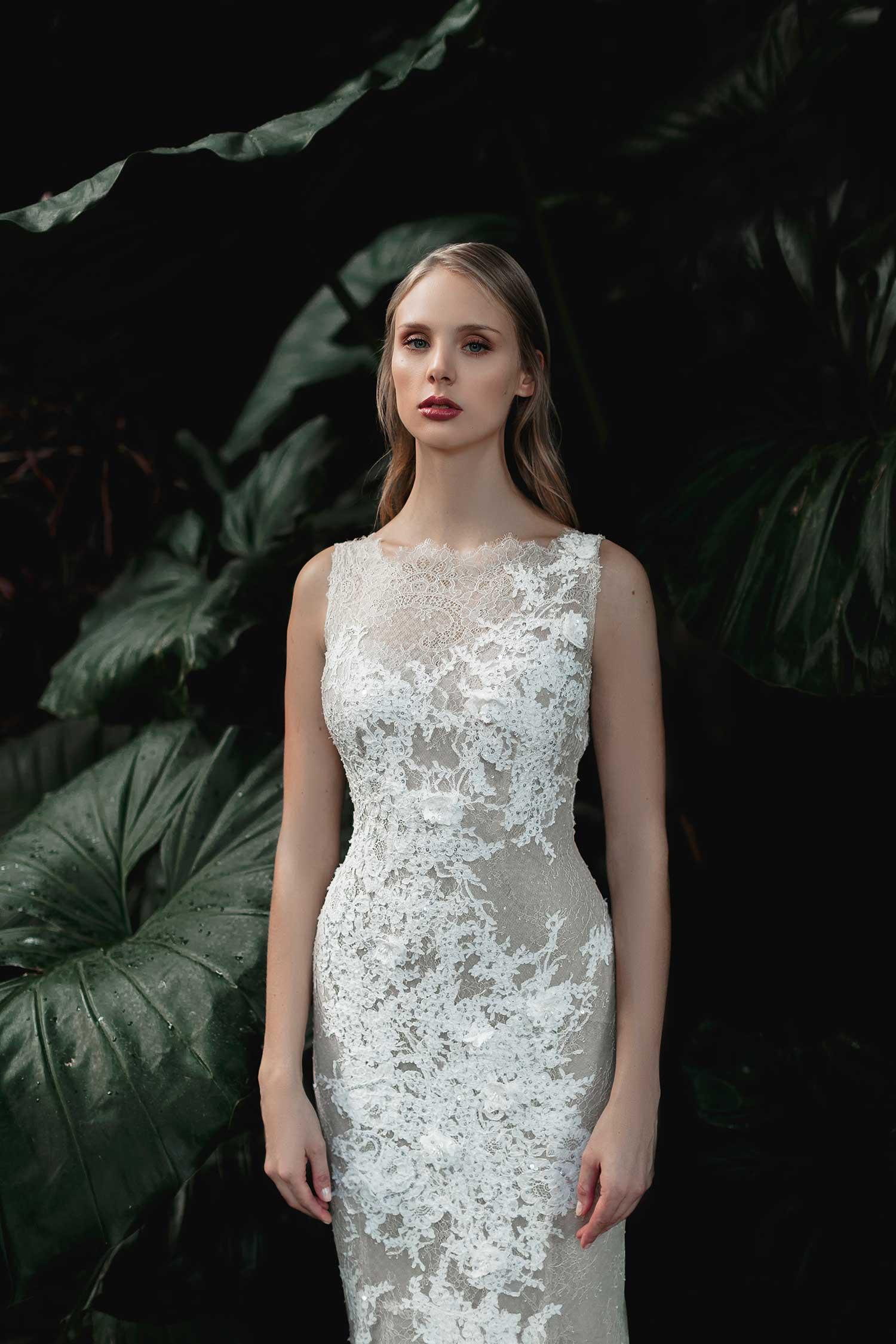 Elegant bridal photoshoot
