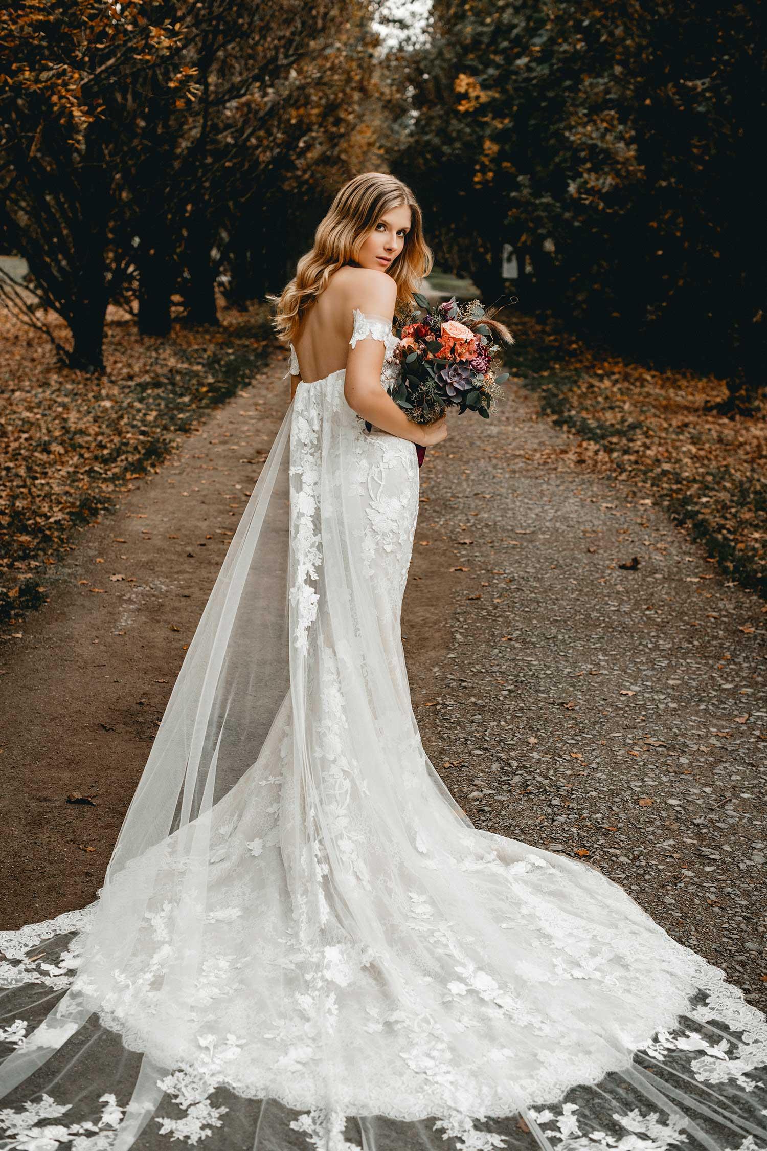 Elegant wedding dress and bridal bouquet