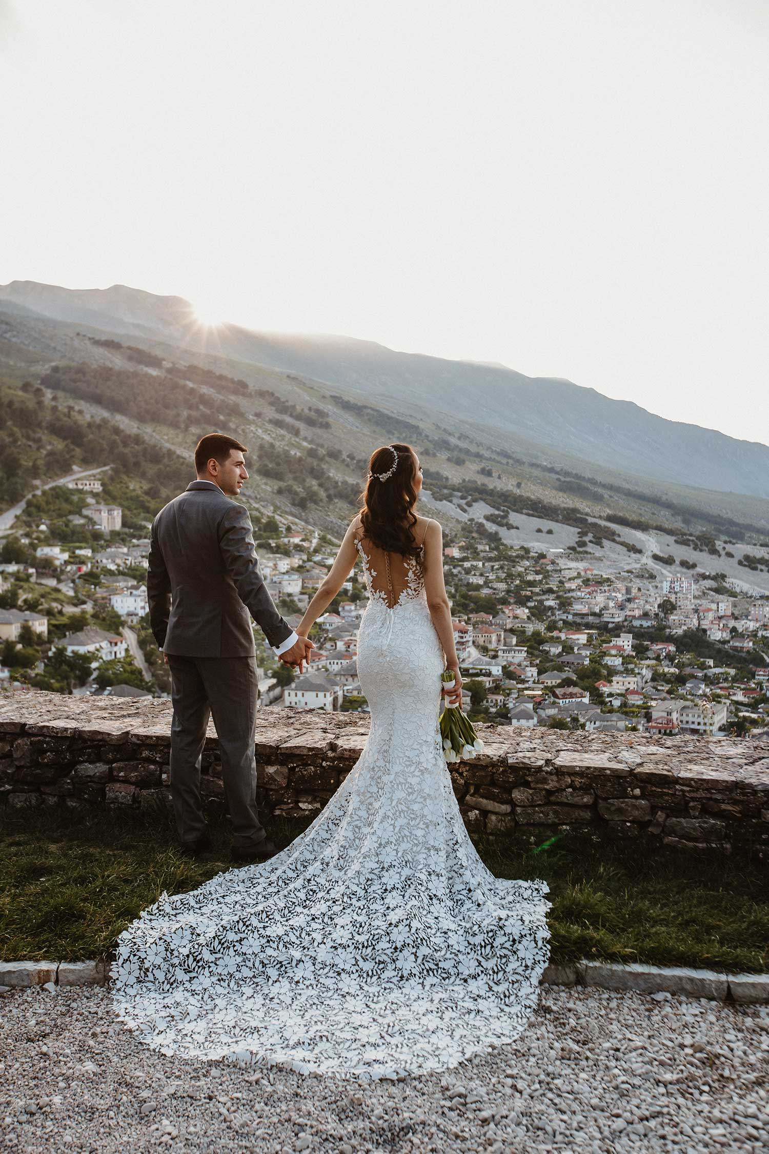 The amazing-view of this wedding photoshoot