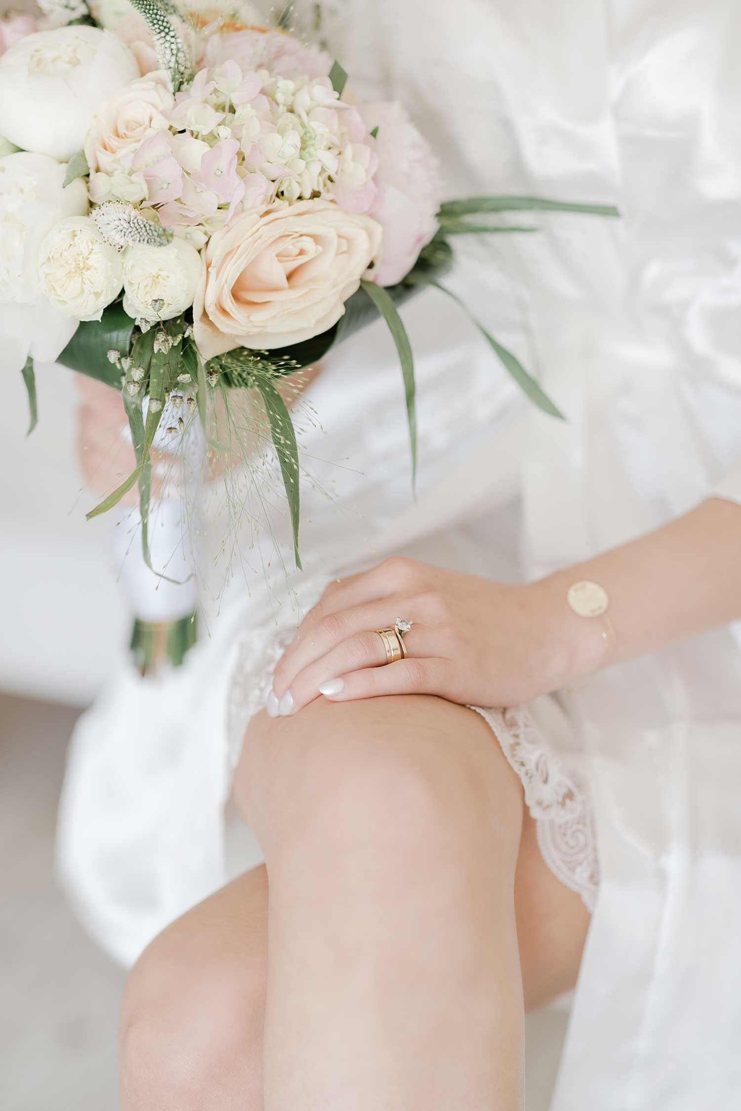 The bouquet and the ring