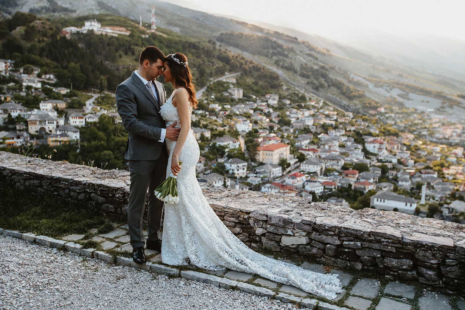 Wedding photos in Gjirokaster Castle
