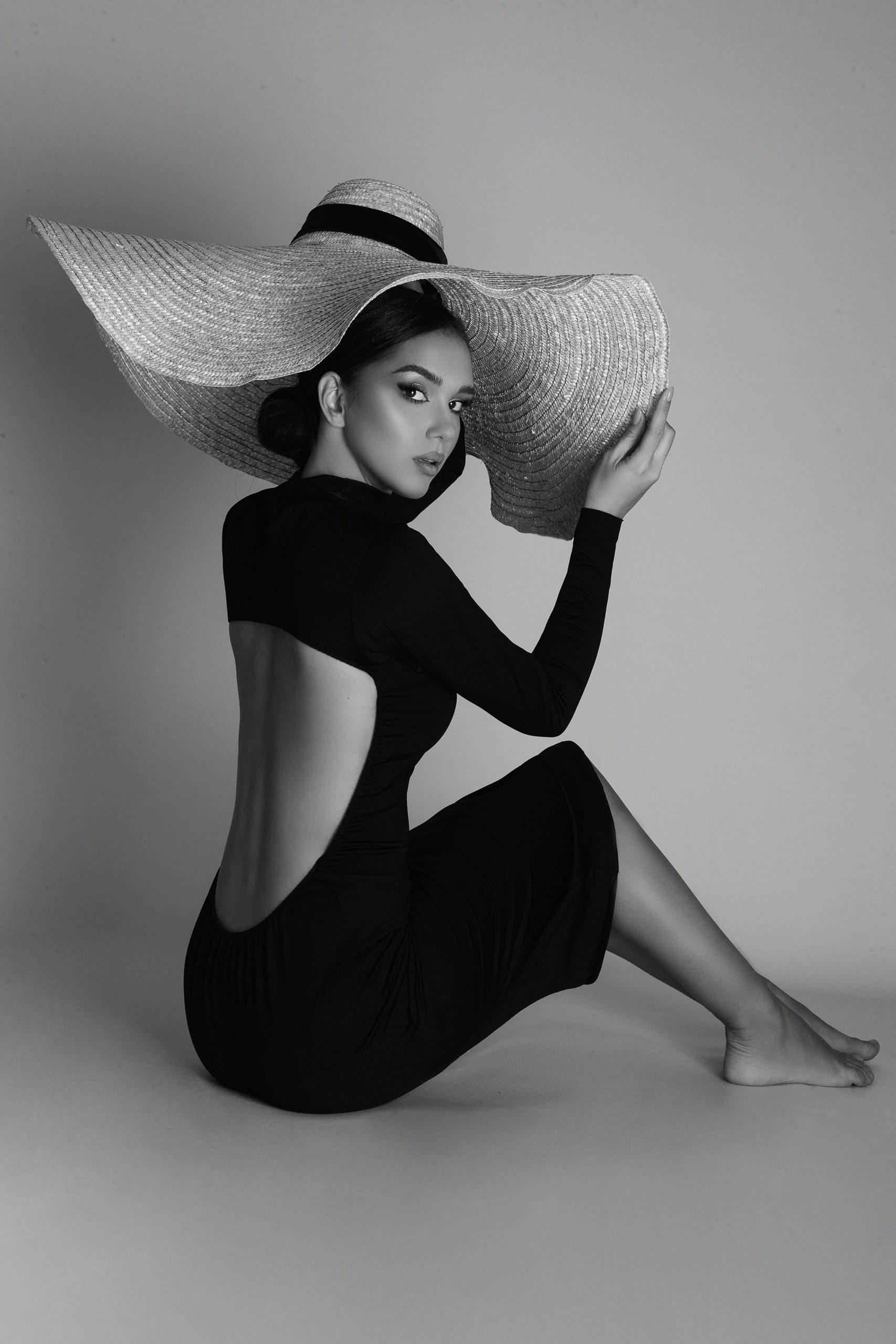 Classy black dress by Jungle Humans