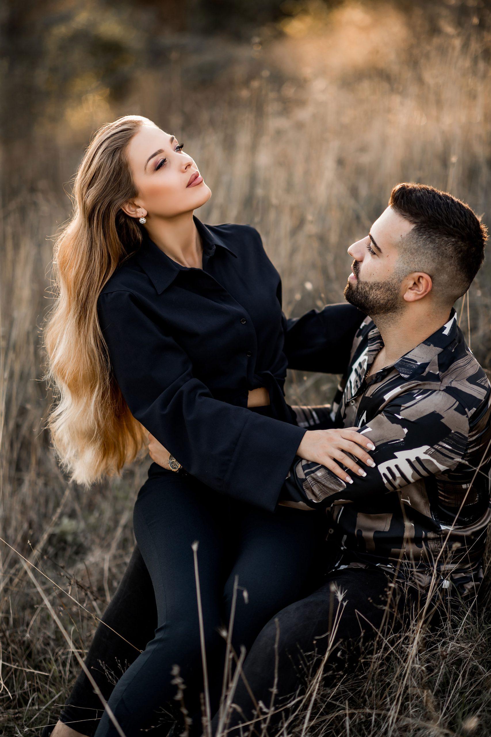 Couples nature photoshoot