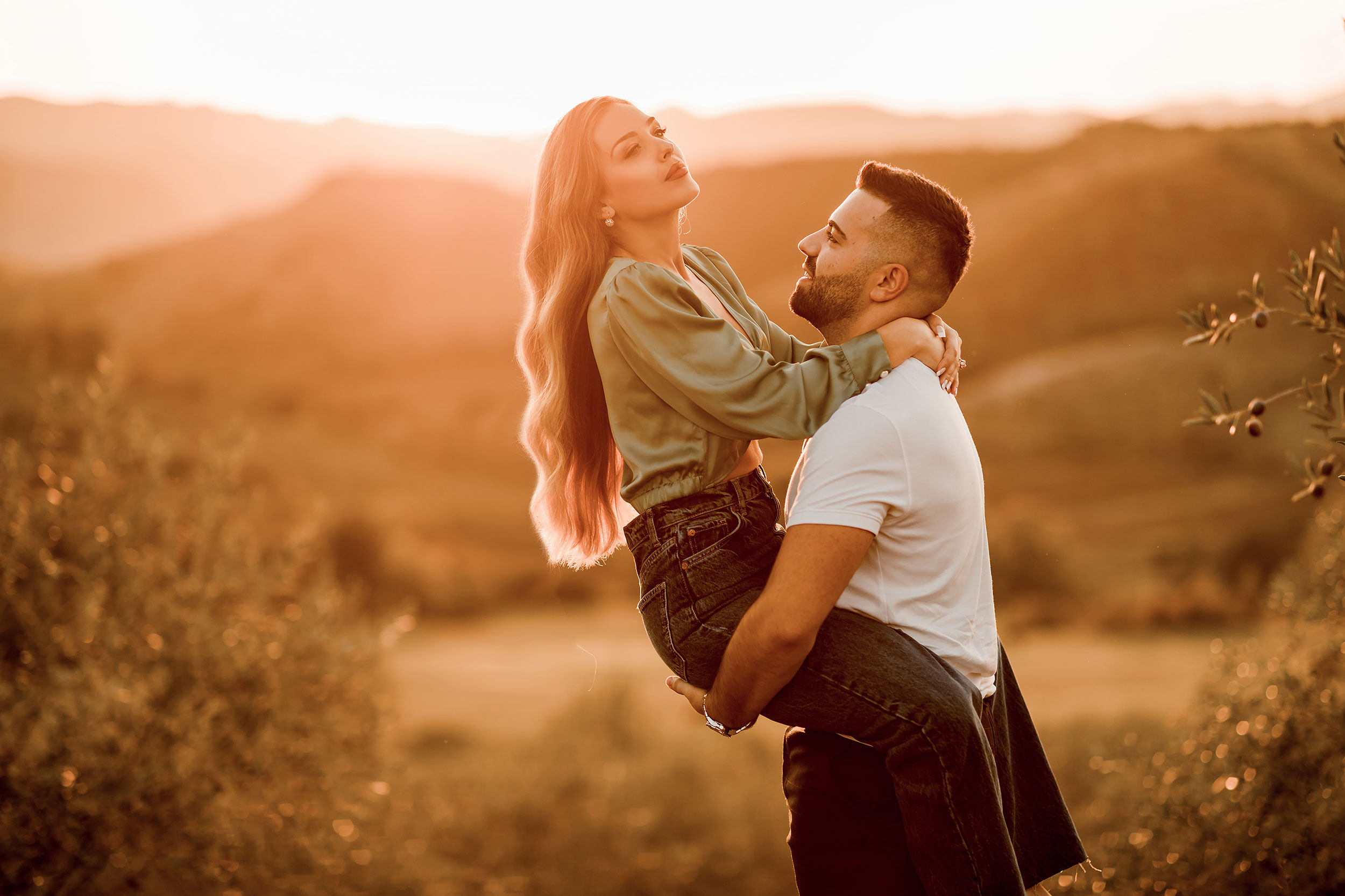 Golden hour photo session couple edition