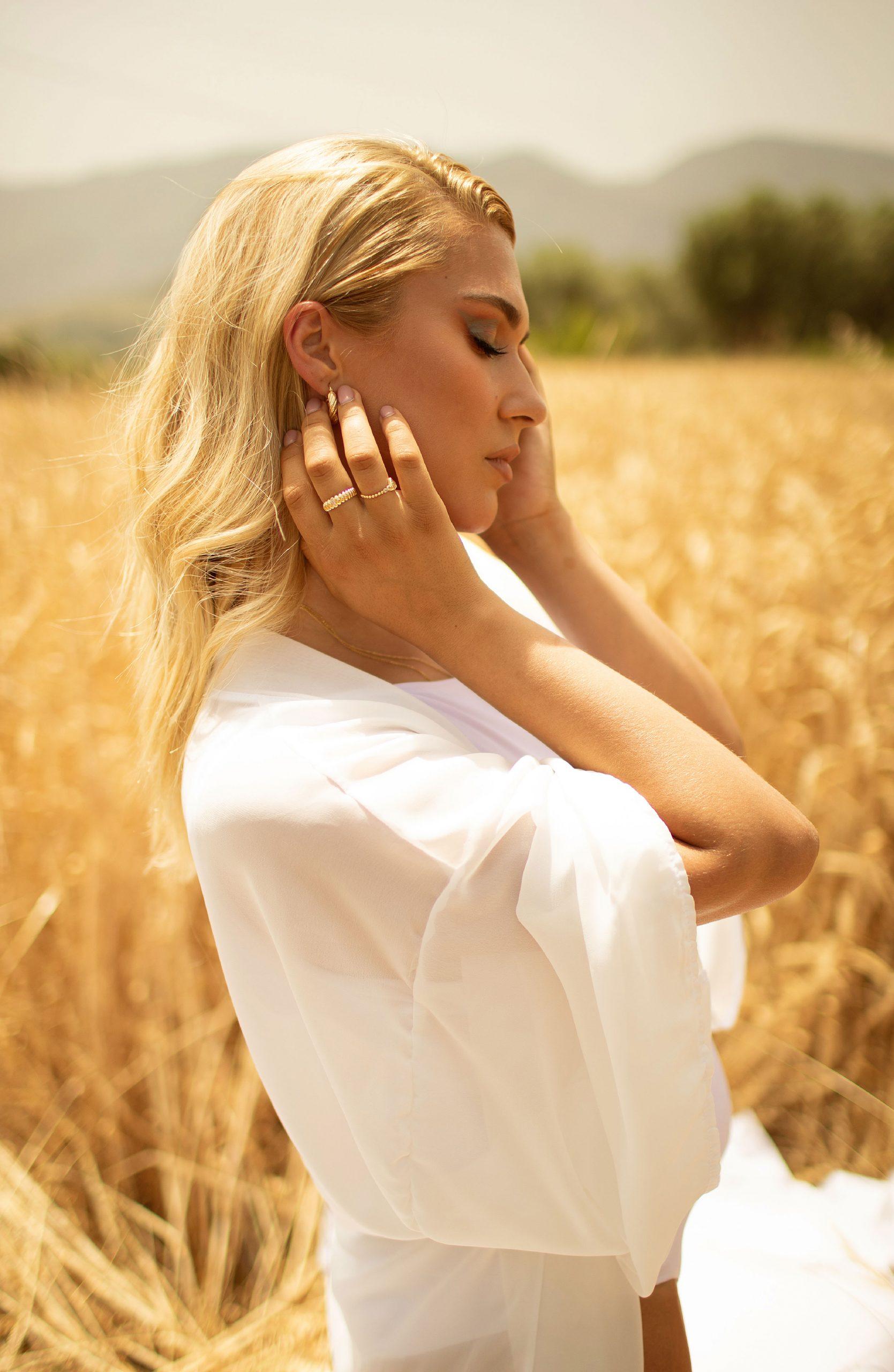 Sunlight portrait photos