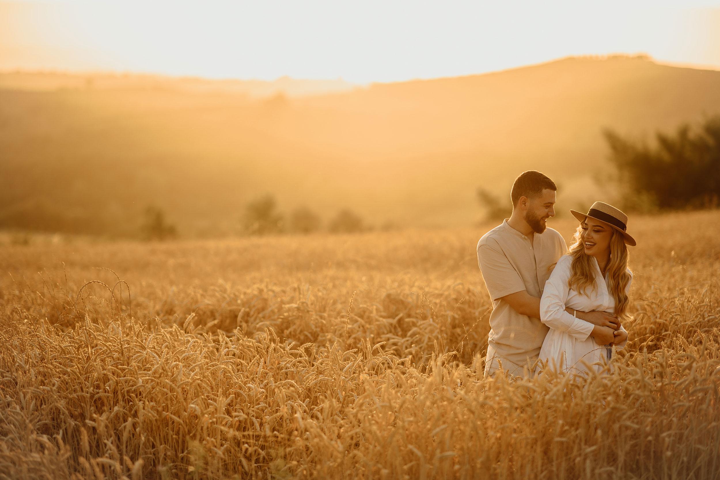 Golden field couple photos