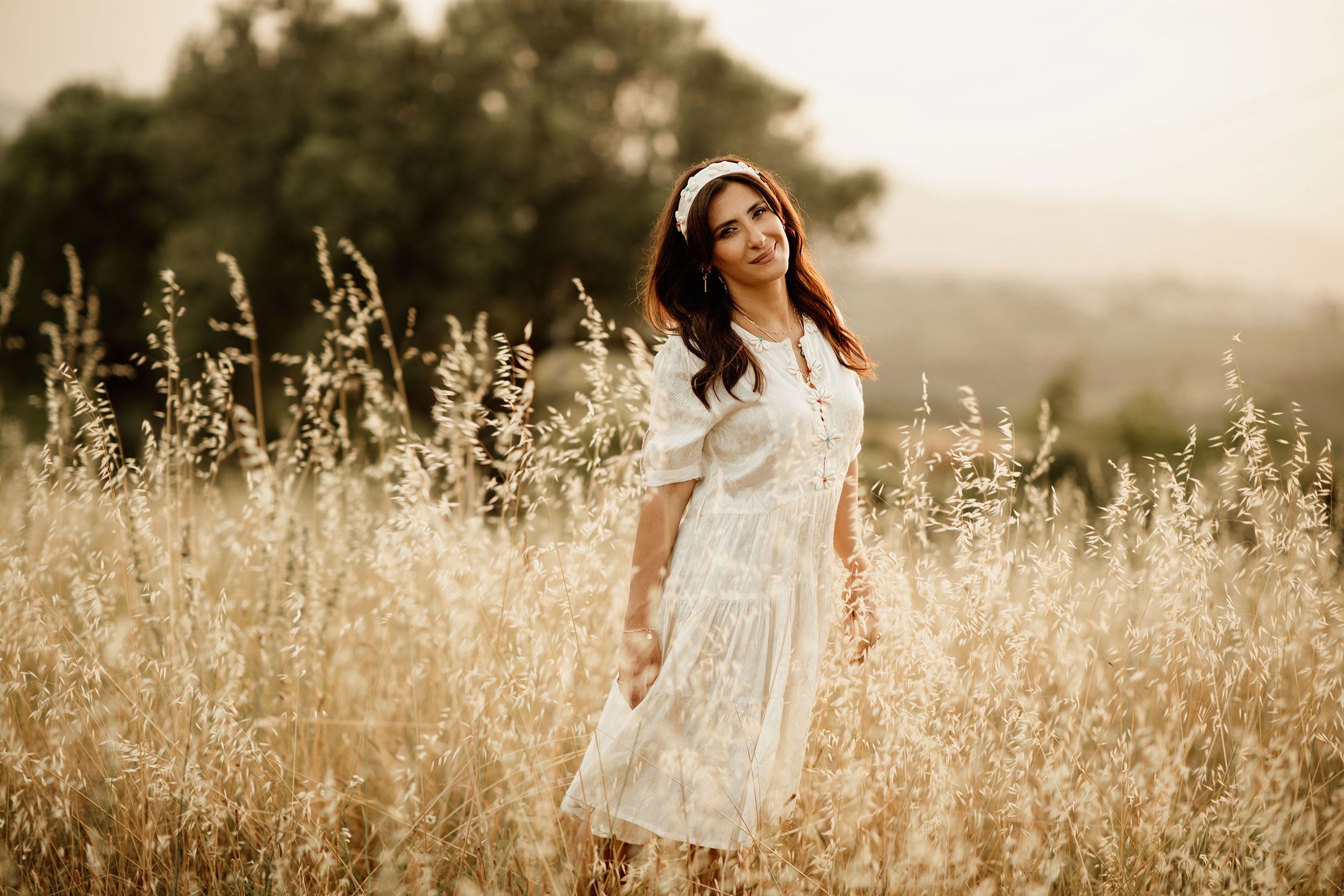 Summer Field Photoshoot with Iva Tico