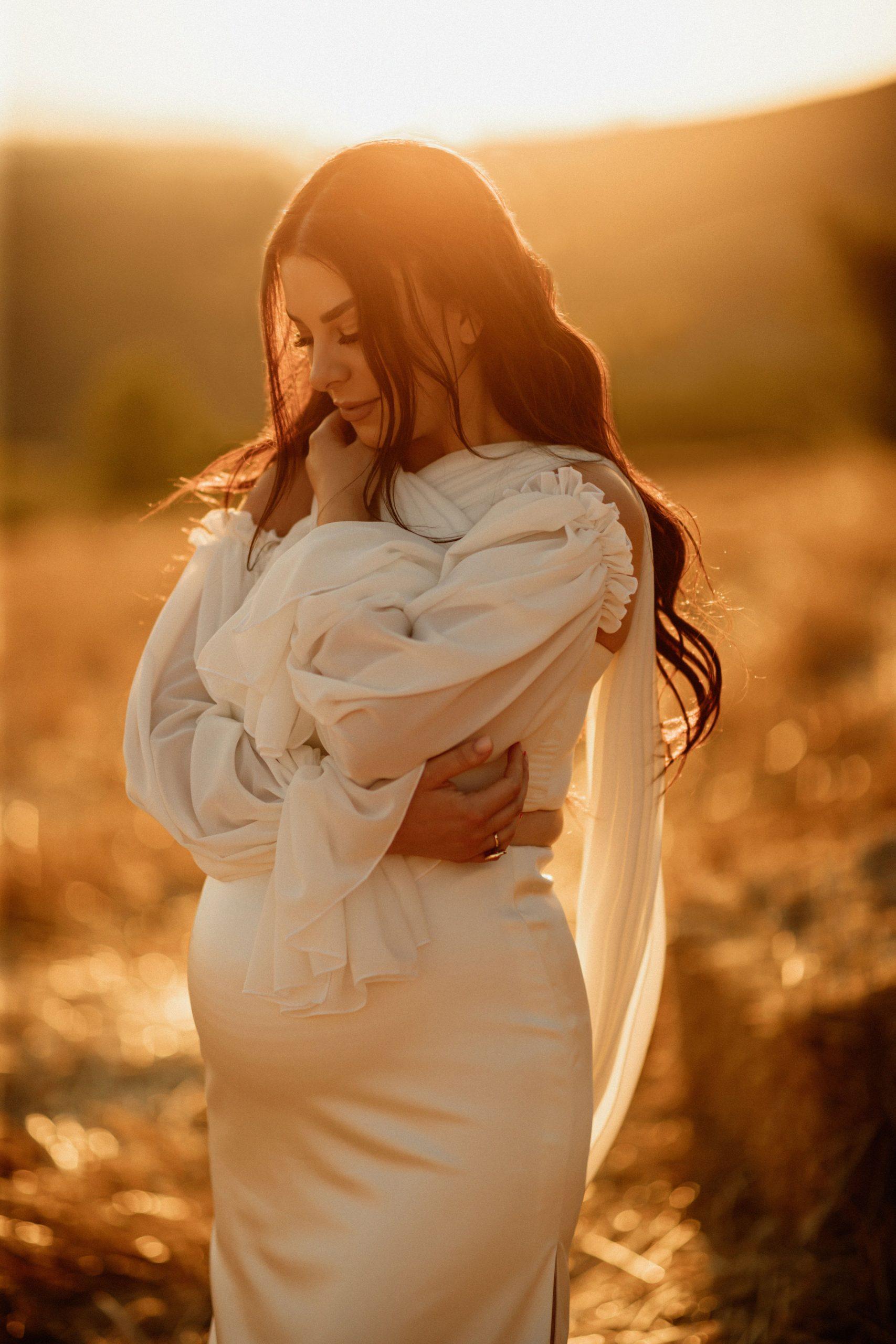 Golden hour maternity photos